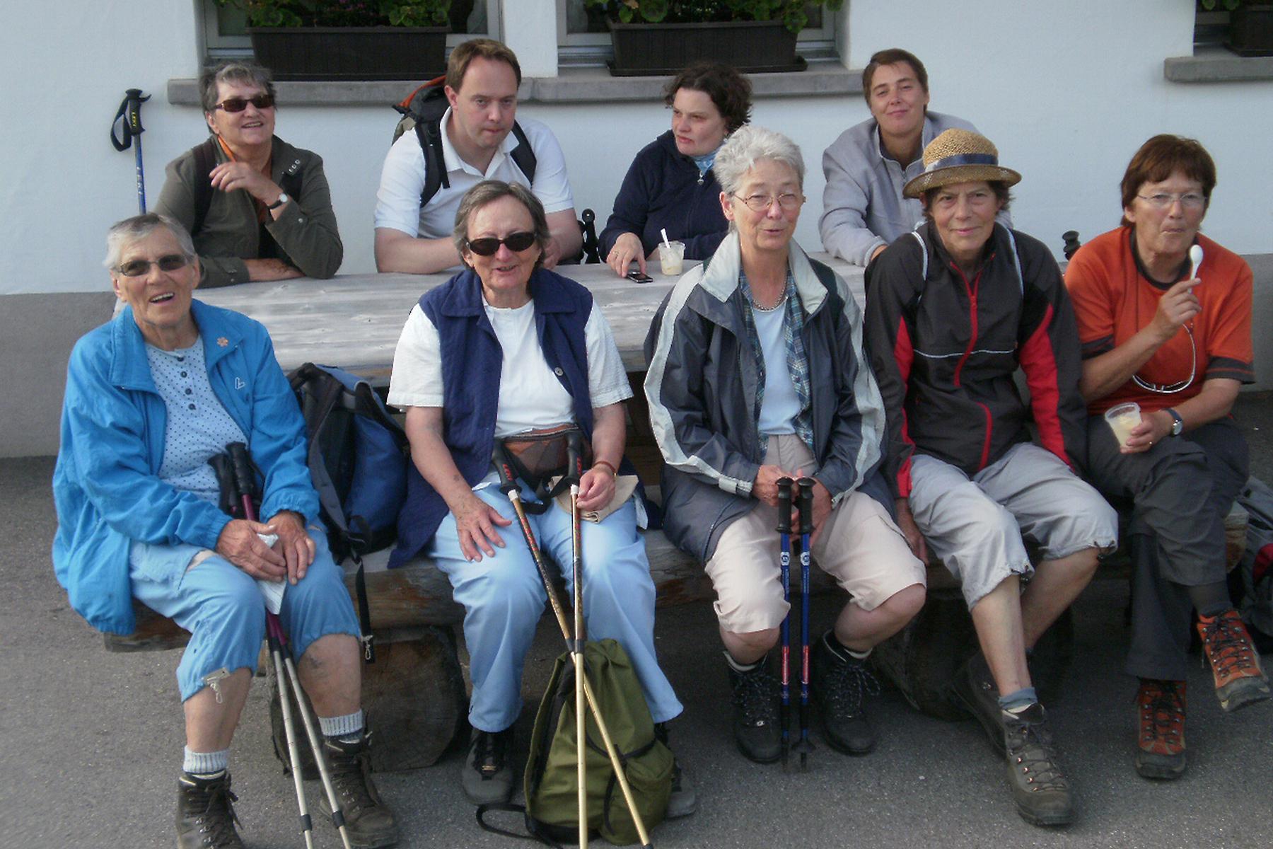 Bild: Seniorenhöck unterwegs